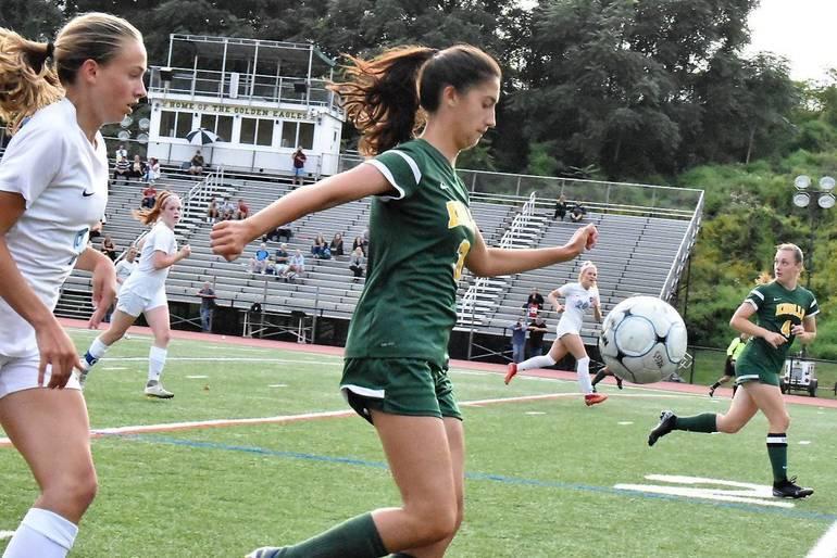 MKHS Girls Soccer 09122019.02.JPG