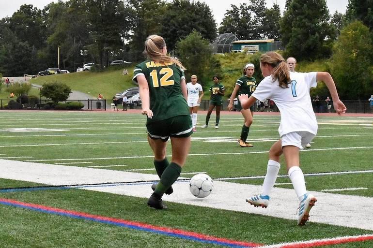 MKHS Girls Soccer 09122019.05.JPG