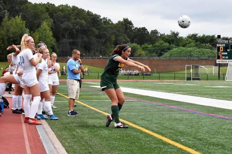 MKHS Girls Soccer 09122019.06.JPG