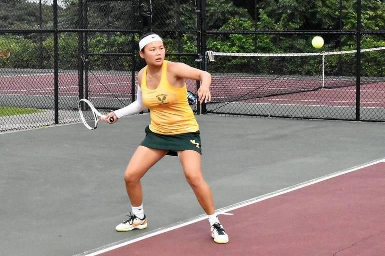 MKHS Tennis.Skylar 02.JPG