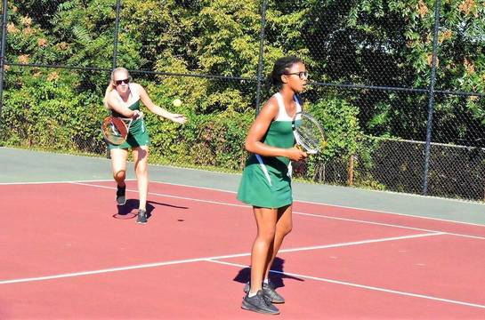 Top story 672b02df1feee25803c4 mkhs tennis.meghan chegwidden and gabrielle thomas 01