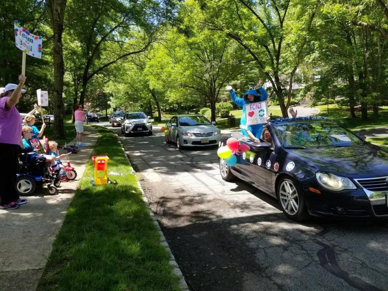 morris car parade 2.jpg