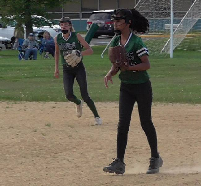 South Plainfield Middle School Lady Tigers - Undefeated Season