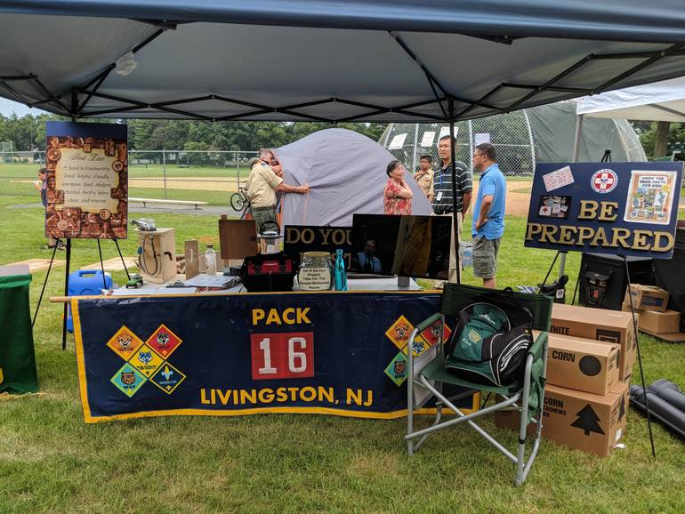 Community Braves Storm to Support 10th Livingston National Night Out