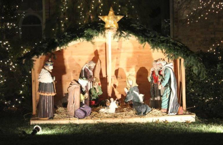 Nativity lawn Dec 2018 a.JPG