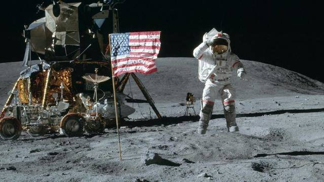 Top story daf8afa2dd715e113eba nasa moon landing photo