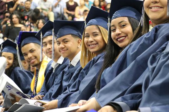 Top story d91f526400f7e329b41a nbpschools   nbhs graduation 37