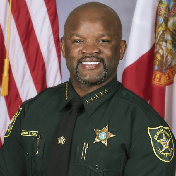 Best crop d4d9536463a2d674c0d4 new sheriff gregory tony headshot