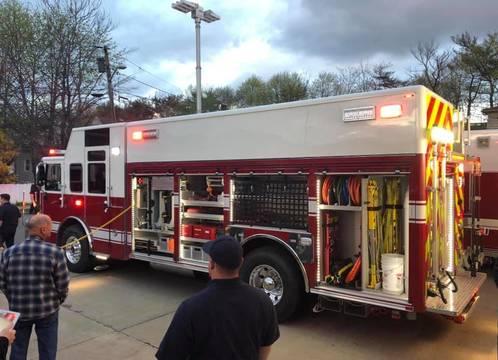 Top story 56cabf6715d77305dde0 new firetruck2