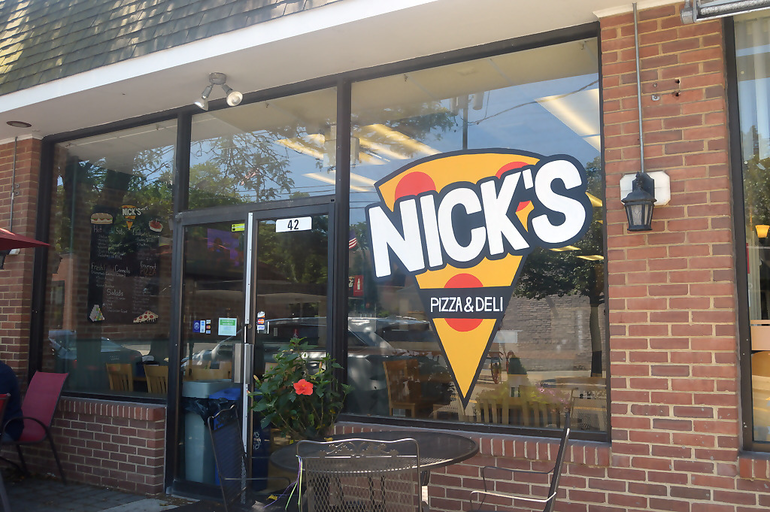 Nick's Pizza exterior.png