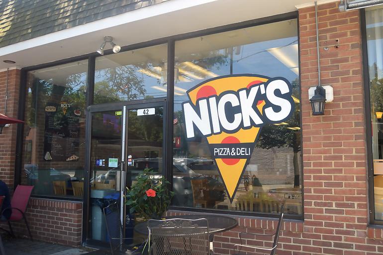 Nick's Pizza exterior.png