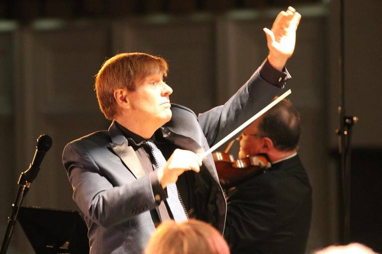 NJIO Conductor Warren.jpg