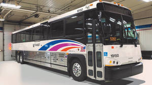 Carousel image 1cb868e8241a4cf33ab9 nj transit bus