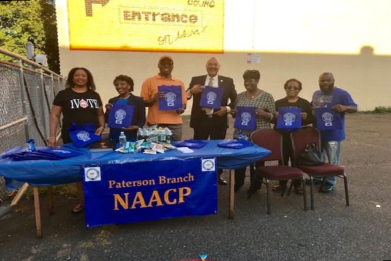 Paterson Alumnae Chapter of Delta Sigma Theta Sorority, Inc. Participates in Voter Registration