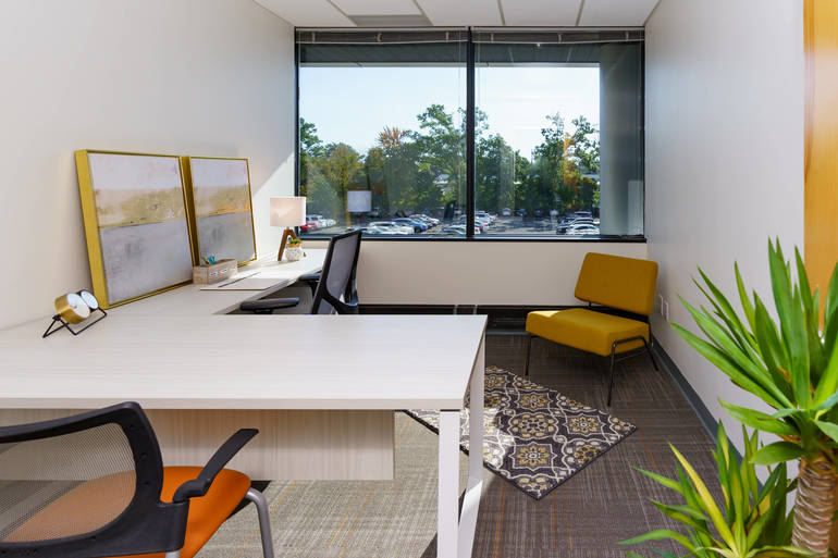 OfficeEvo__1026__room24.jpg