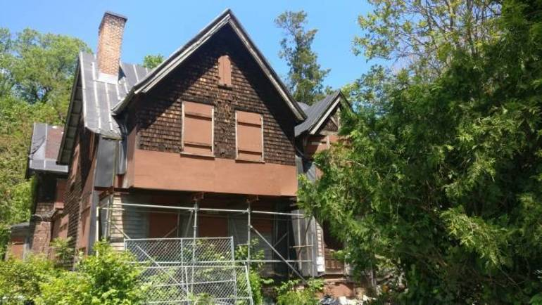 Old Stone House.jpg