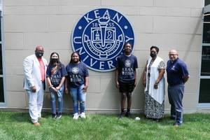 Orange HS Students Complete Program at Kean University