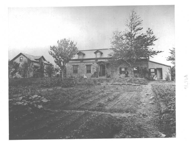 P9676-0001 Early Montclair homestead on the tour circa 1860.jpg