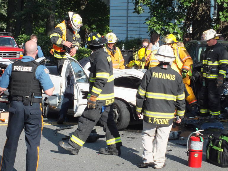 paramus crash2.jpg