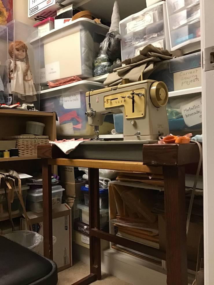 Pam Gosner's home sewing closet.JPG