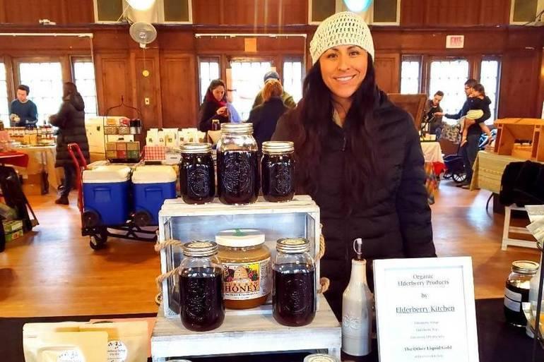 Pamela Beardslee at Indoor Farmers Market.jpeg