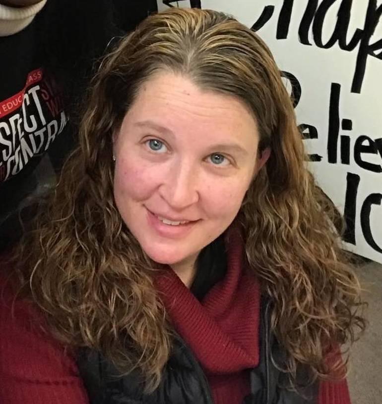 Hawthorne Teachers Association President Pamela Fadden Launches LD26 Assembly Bid