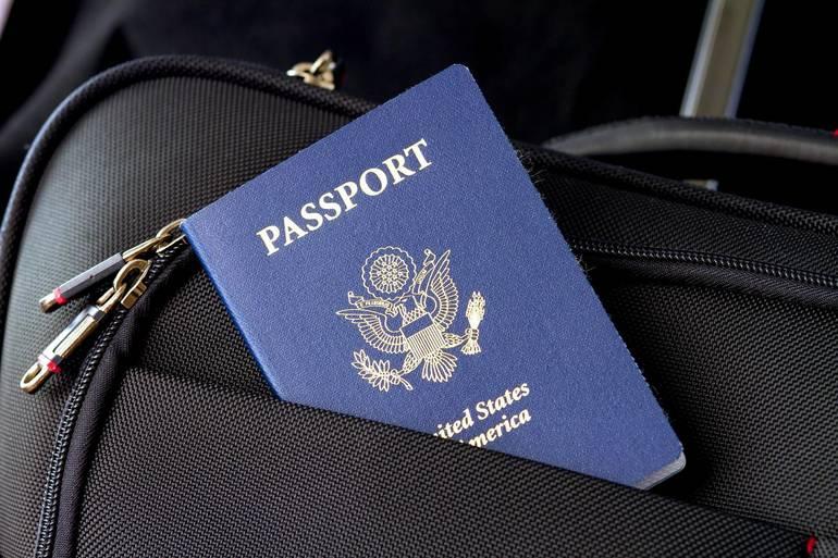 passport-2642172_1920.jpg