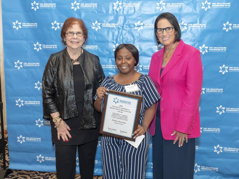 Pam at HFNJ awards P1122975.jpg