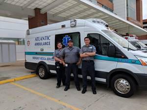 Carousel image f7edbe4cdcf42261b8ca paramedic trio