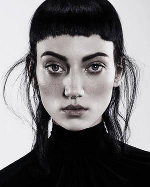 Carousel_image_793ab6aab9043086ab70_petra-mechurova-hair-collection-2018-06-543x675