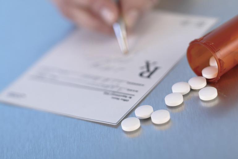 Best crop b238b99c3d37a778e8c6 pharmacist opioid misuse