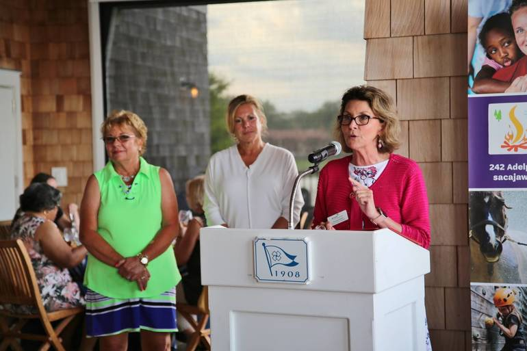 Girl Scout Board Chair Welcomes Golfers