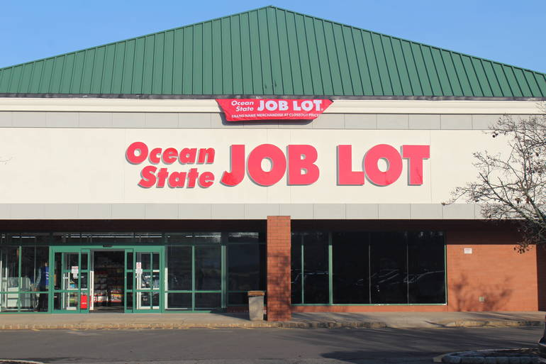 Ocean State Job Lot Celebrates Franklin Park Grand Opening with $3,000 Donation and Tractor Trailer Truck of Food for Community Food Bank of New Jersey