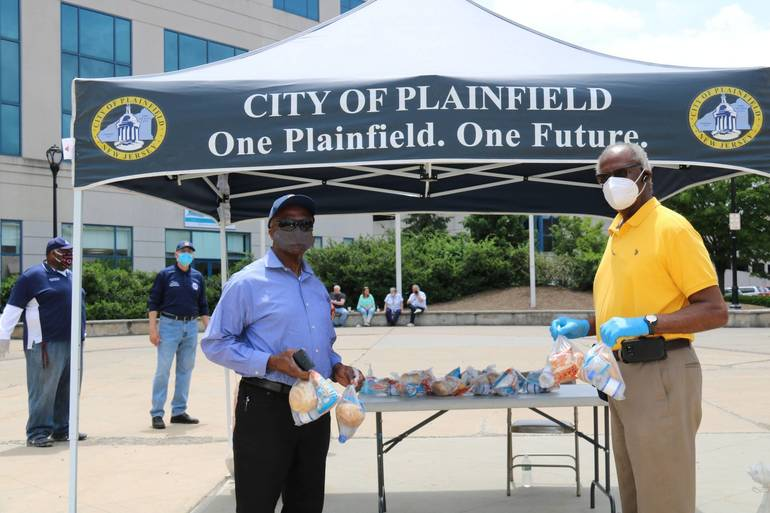 City of Plainfield Receives $2,500 Grant for Plainfield COVID-19 Relief Fund