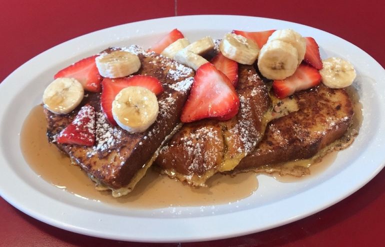 Pound Cake French Toast at The Fanwood Grille