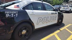 Carousel image eadc7aae3564ac3fcb19 police car