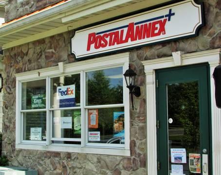 Top story 3971203f8d9da3a4d5fd postal annex exterior