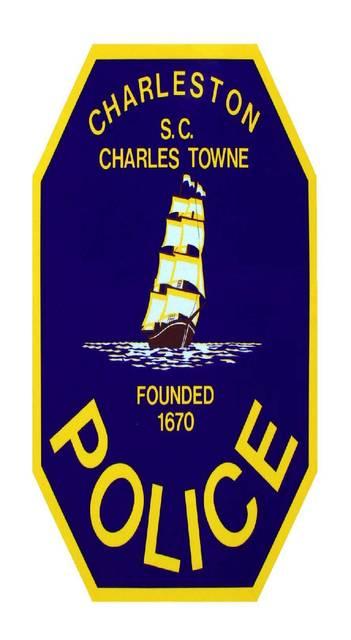 Top story 8638a9683e1b7d2cc987 police badge