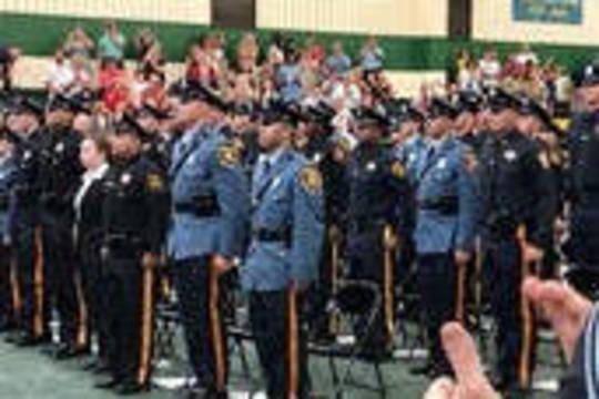 Top story c0c3d5a529237fa4203b police academy graduation