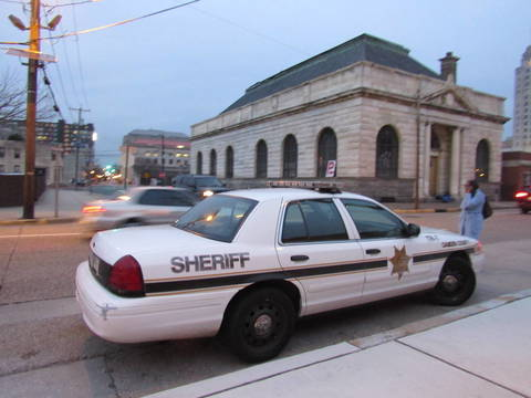 Top story d76cfbab0fa54135ffc4 policedept