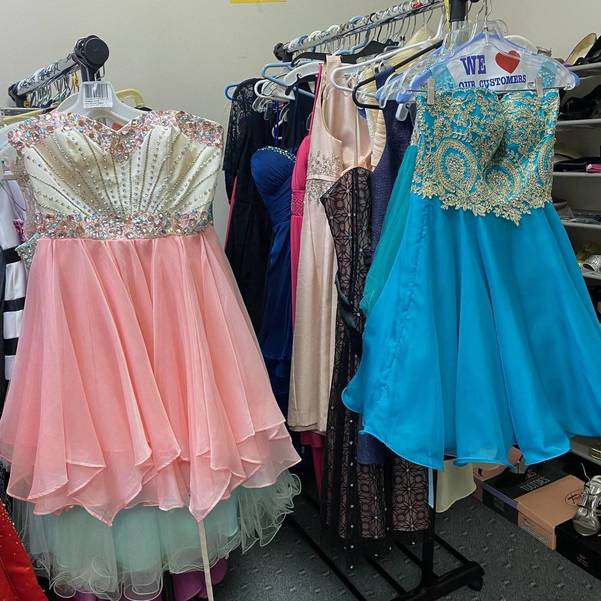 Prom dresses 3.jpg