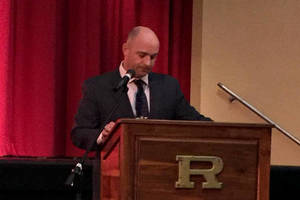 Carousel_image_c15c052262e38580e5b0_principal_dominick_miller_at_academic_awards_night