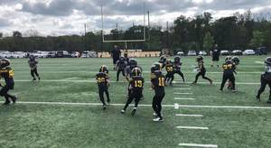 Carousel image f11b06329c9f353c9000 qb 10 connor gannon hands of to rb 15 max magaletta with lead blocker 26 chris cunningham  1