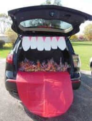 Kenilworth Trunk or Treat Vehicles Needed for Halloween