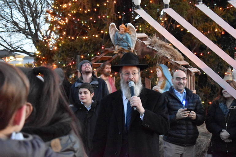 RabbiChats.JPG
