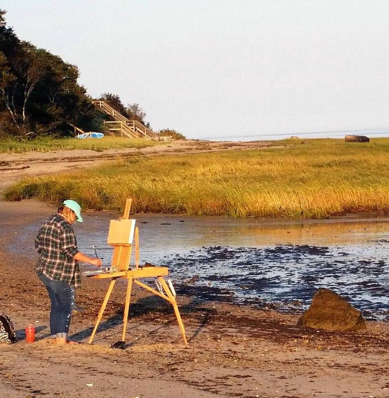 Railyard - Kaitlin Duffy painting at the marsh.jpg