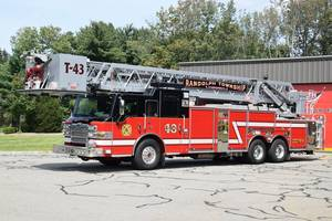 Carousel image acf1e907e3a08cbc18b0 randolph fire truck