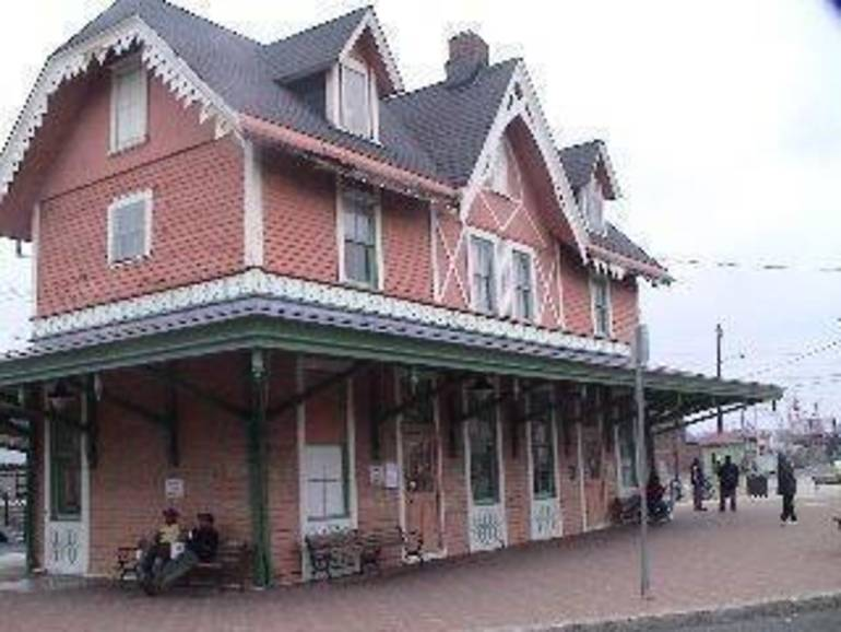 Red Bank Train Station.jpg