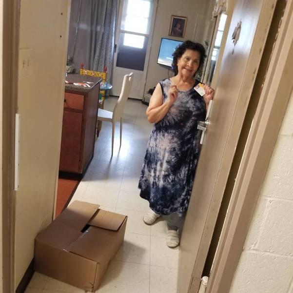 New Destiny Family Success Centers Provides Food to City Seniors