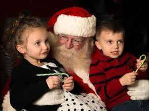 Carousel image e584ac798bd9b7f6dac2 restonw.com santa with kids